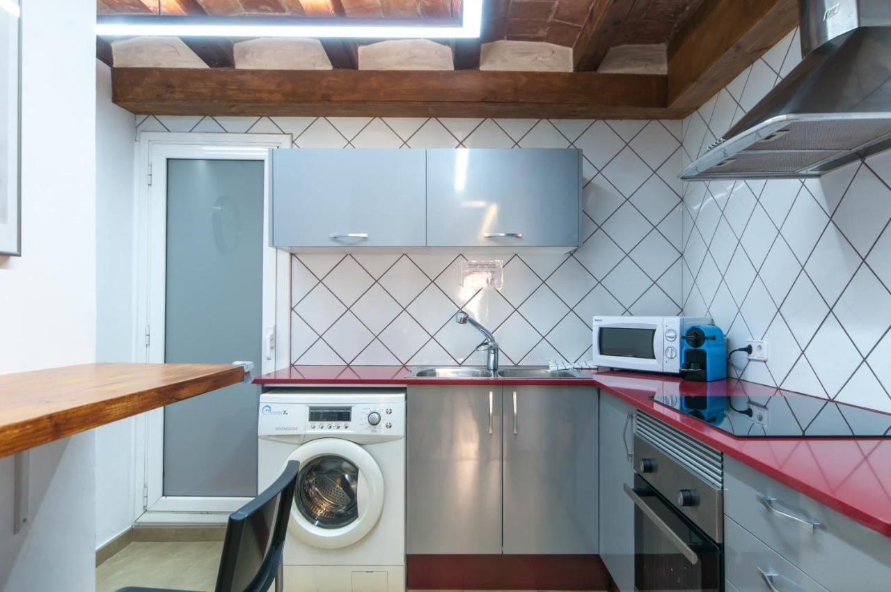 Charming Apartment in Barcelona Center, Barcelona – Updated 2018 Prices