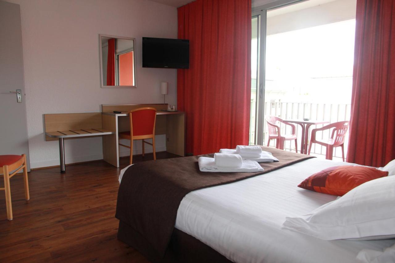 Hotels In Polignac Auvergne