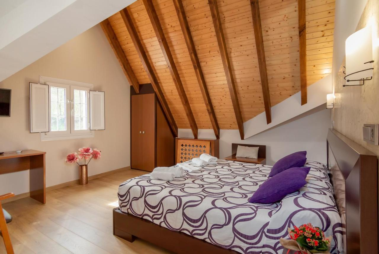 Hotels In Prases Cantabria