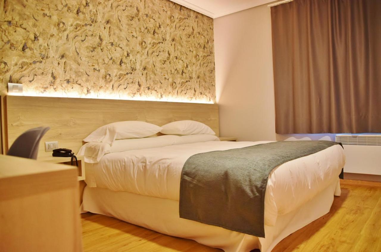 Hotels In Pedrafigueira Galicia