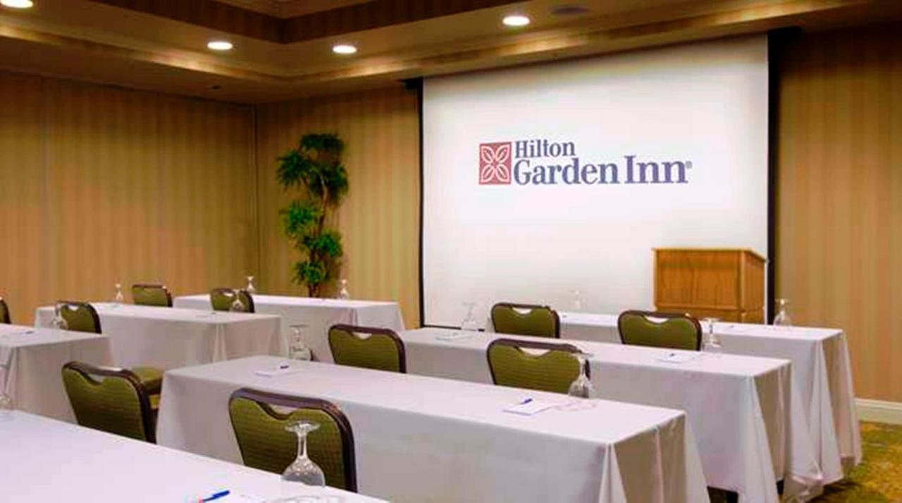 Hilton Garden Inn Sacramento Elk Grove, CA - Booking.com