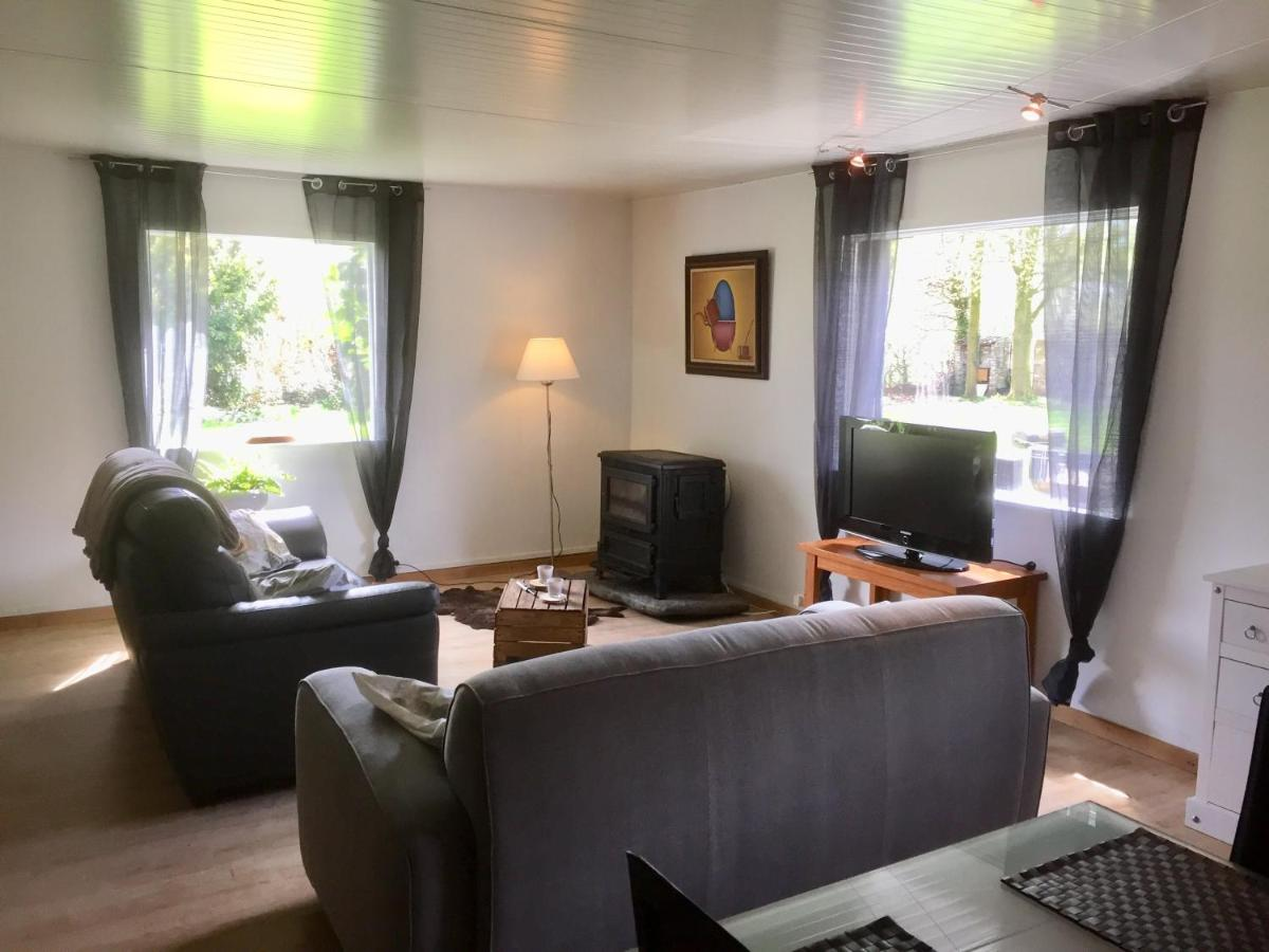 Guest Houses In Dergneau Hainaut Province