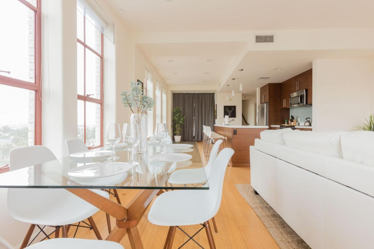 Apartment Luxury Penthouse On Hollywood Blvd, Los Angeles, CA ...