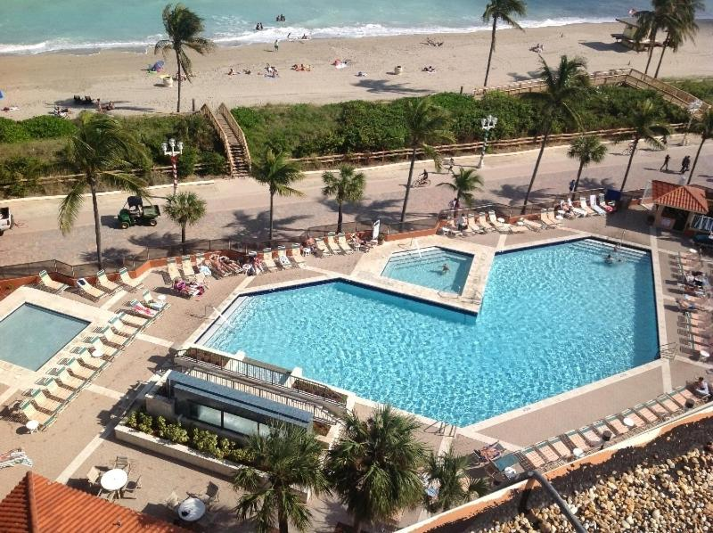 Hotels In Beverley Beach Florida