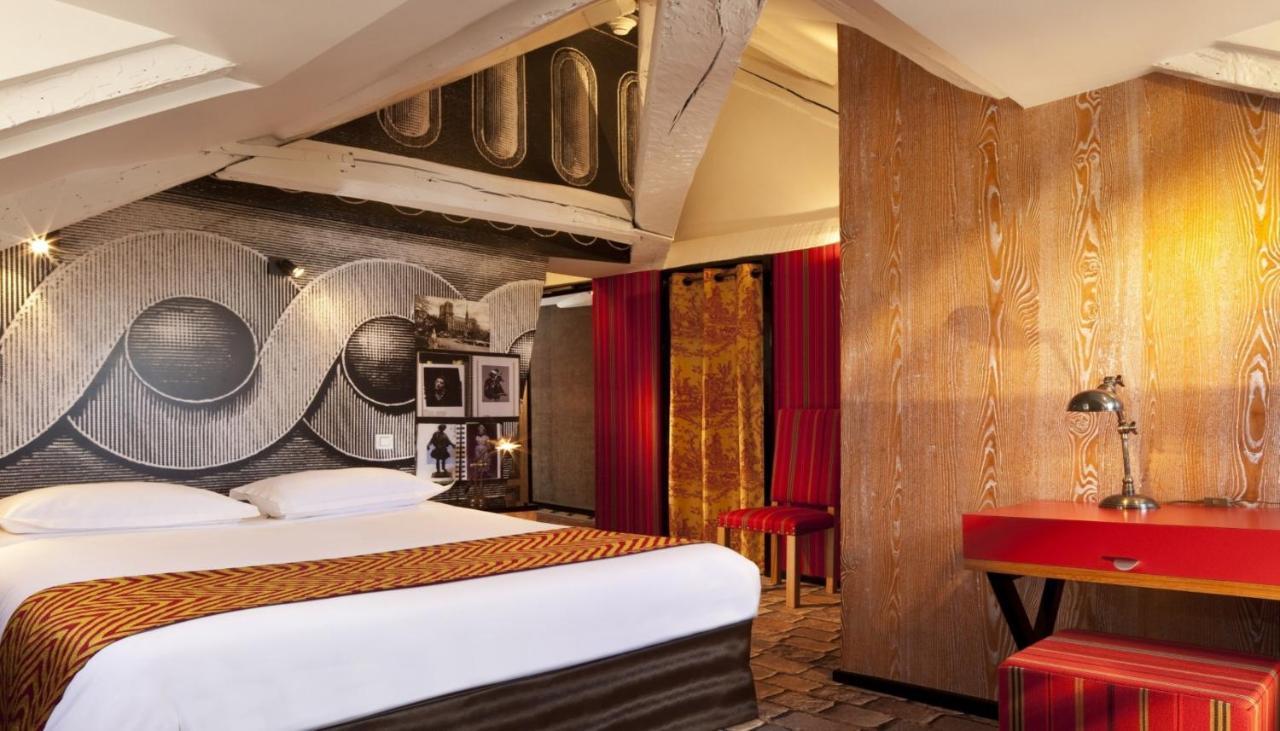 Hotel Notre Dame Saint Michel, Paris, France - Booking.com