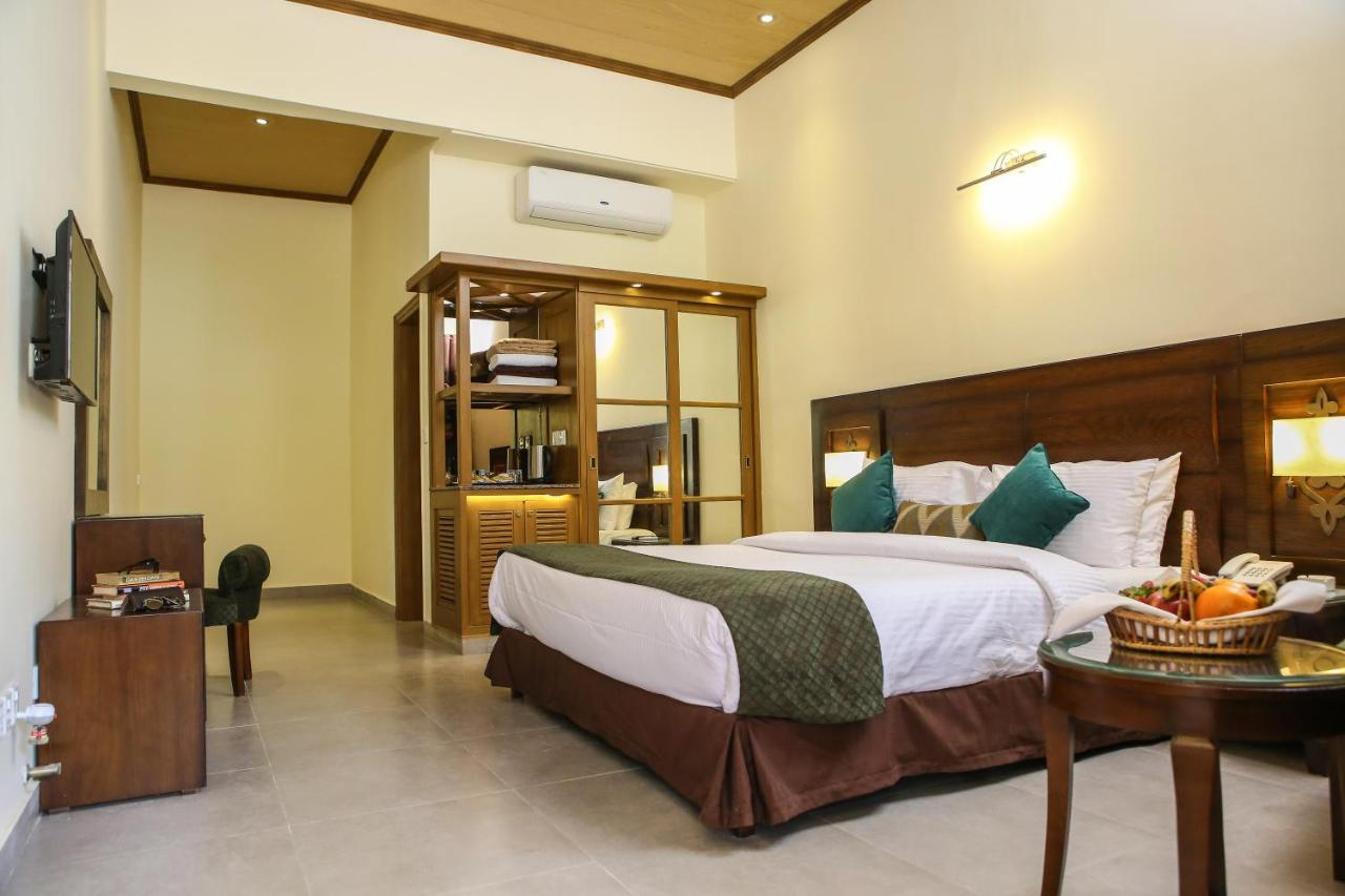 Dreamworld Resort, Hotel & Golf Course, Karachi – Updated 2019 Prices