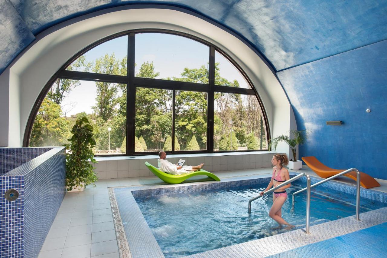 Hotels In Almenara De Tormes Castile And Leon
