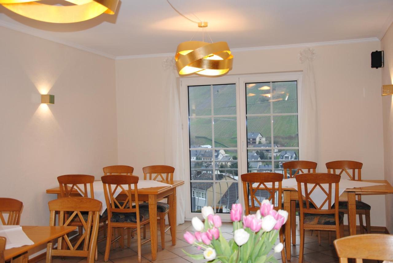 Hotel landhaus kuntz lieser germany booking.com