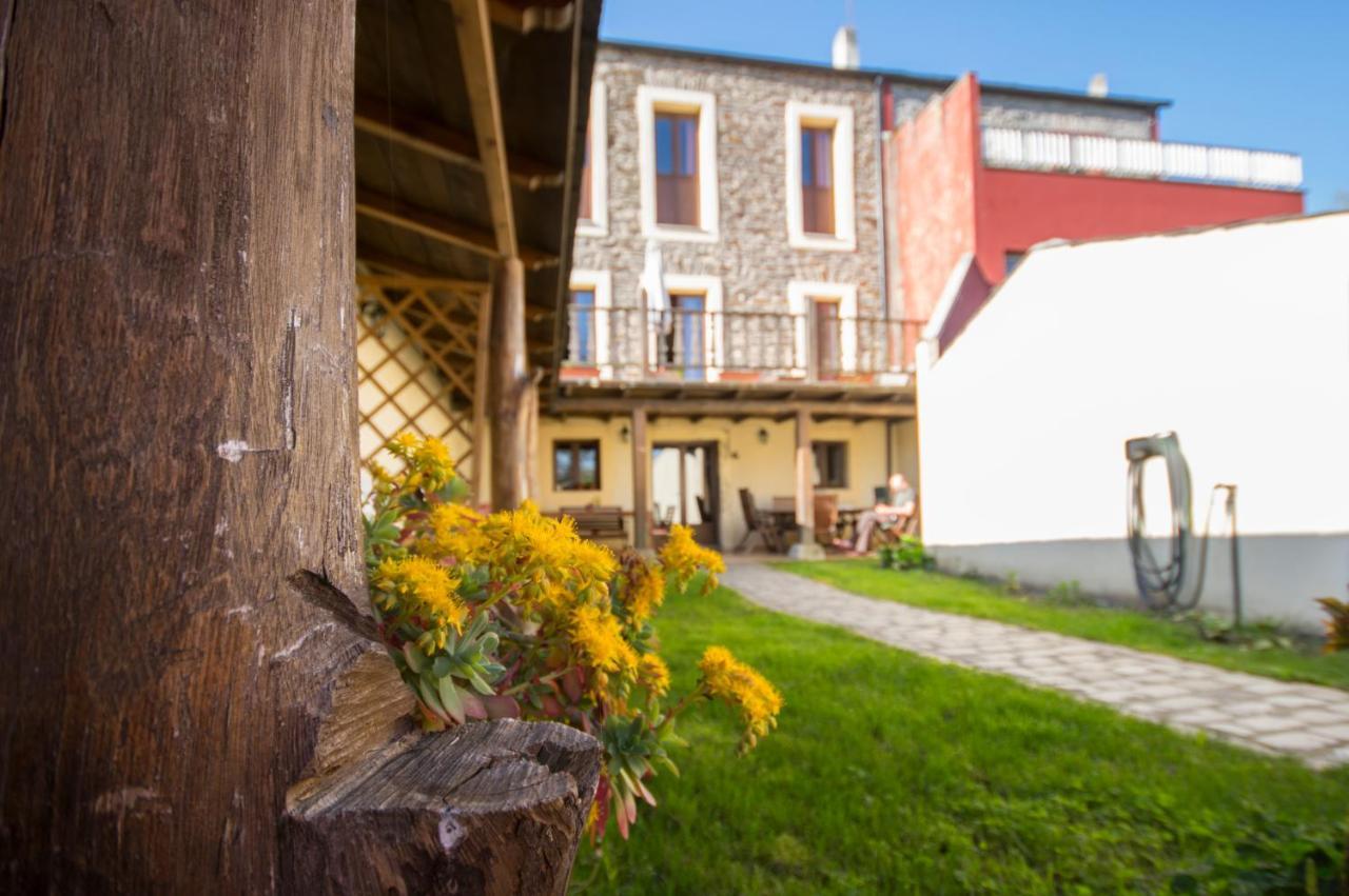 Hostels In Becerreá Galicia