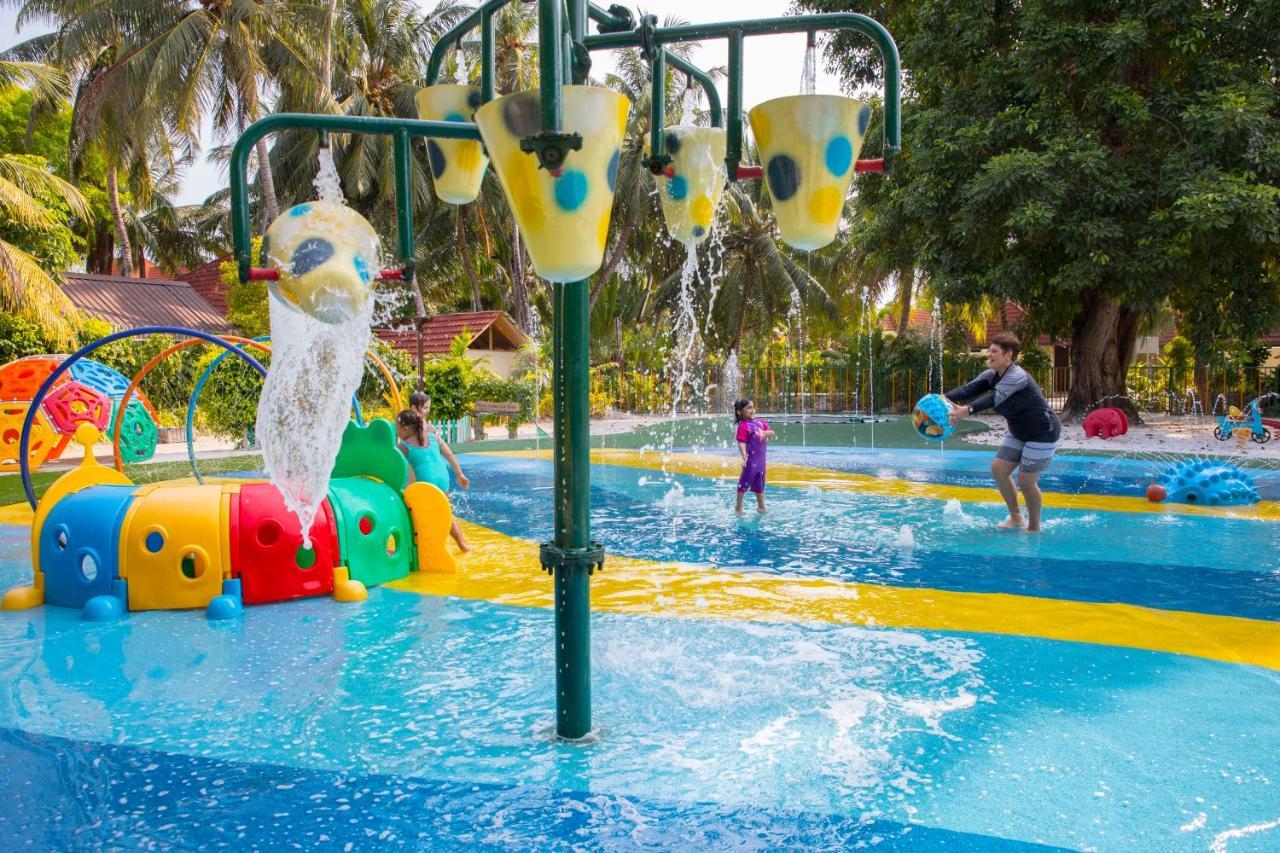 Отдых с детьми в отеле Курумба Мальдивы