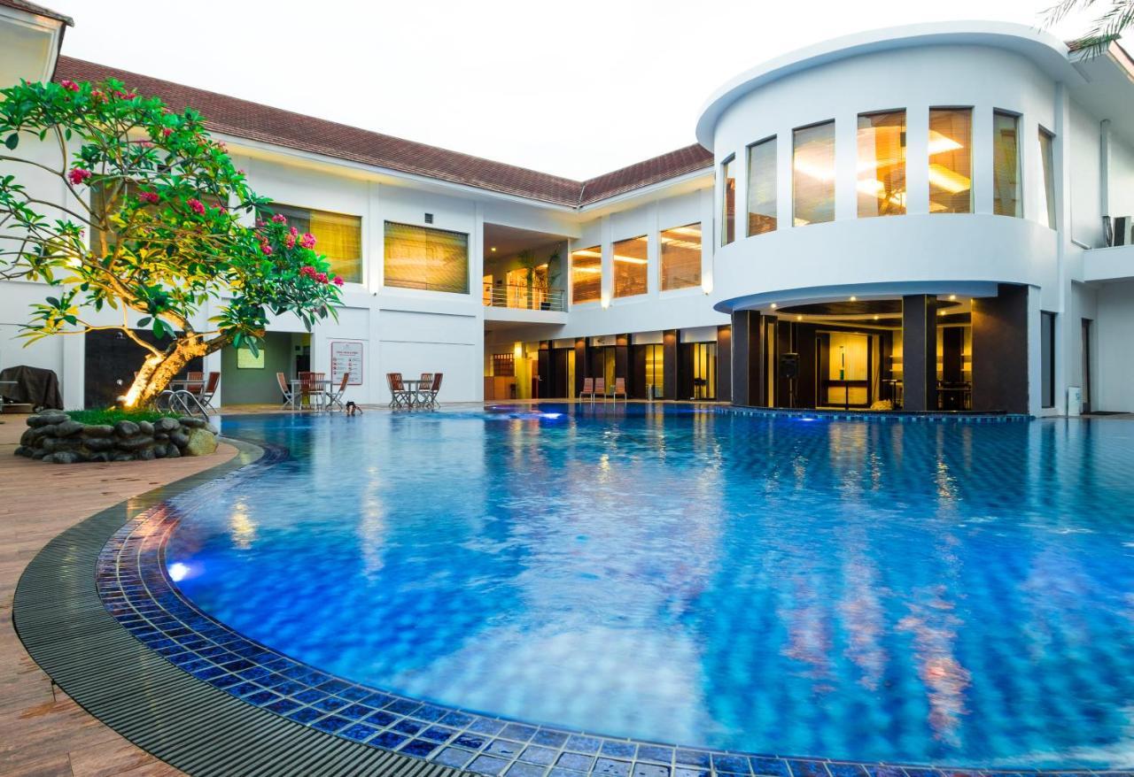 Rattan Inn Hotel Banjarmasin Harga 2019 Terbaru