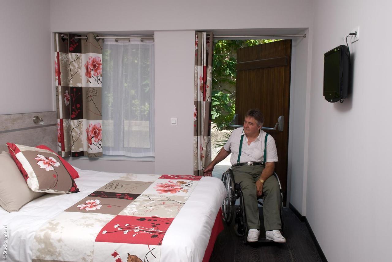 hôtel le castel (france tain-l'hermitage) - booking