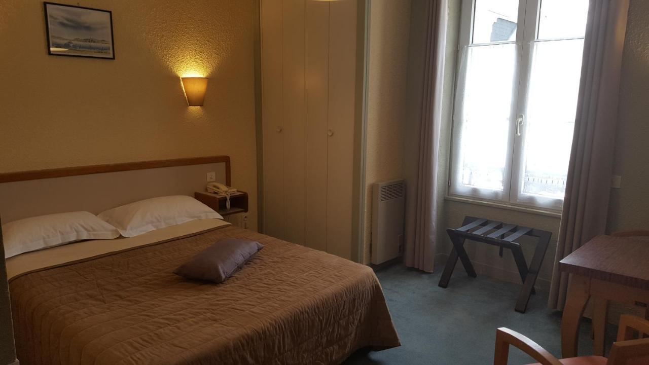 Hotels In Rothéneuf Brittany