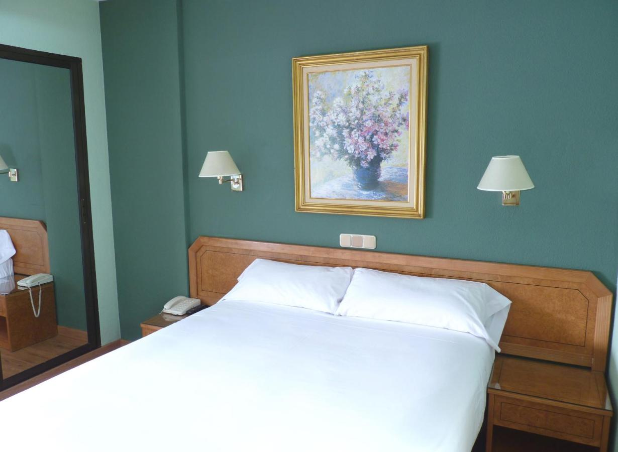 Hotels In Cortos Castile And Leon