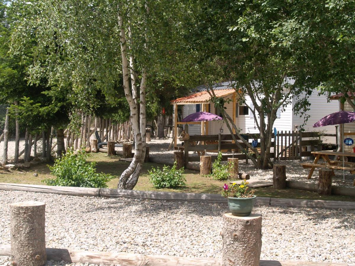 Bed And Breakfasts In Saint-laurent-les-bains Rhône-alps