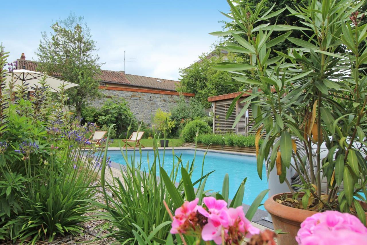 Guest Houses In Saint-jean-ligoure Limousin