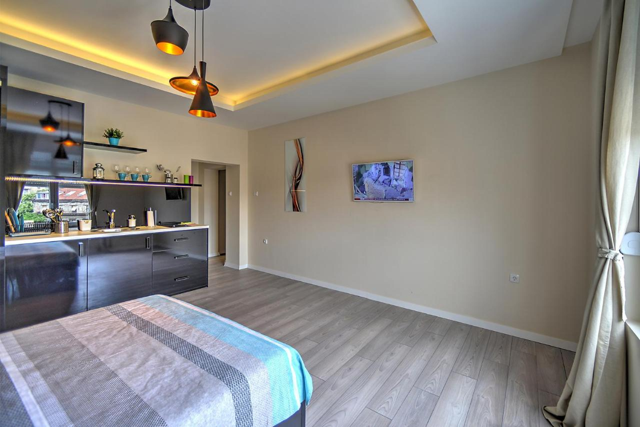 Ferienwohnung Z N Luxury Belgrade Appartment City Center Serbien