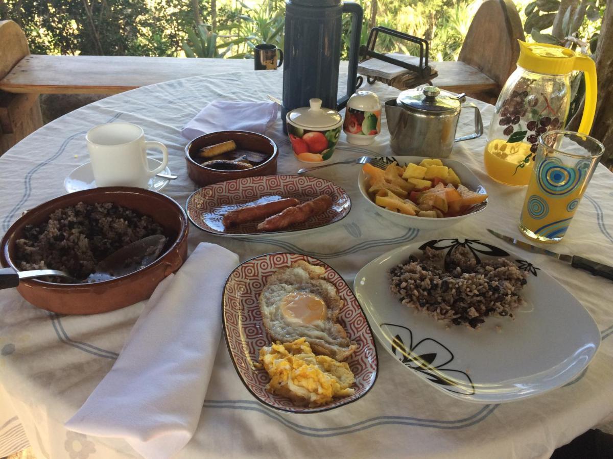 Miramar Lodge (Costa Rica Delicias) - Booking.com