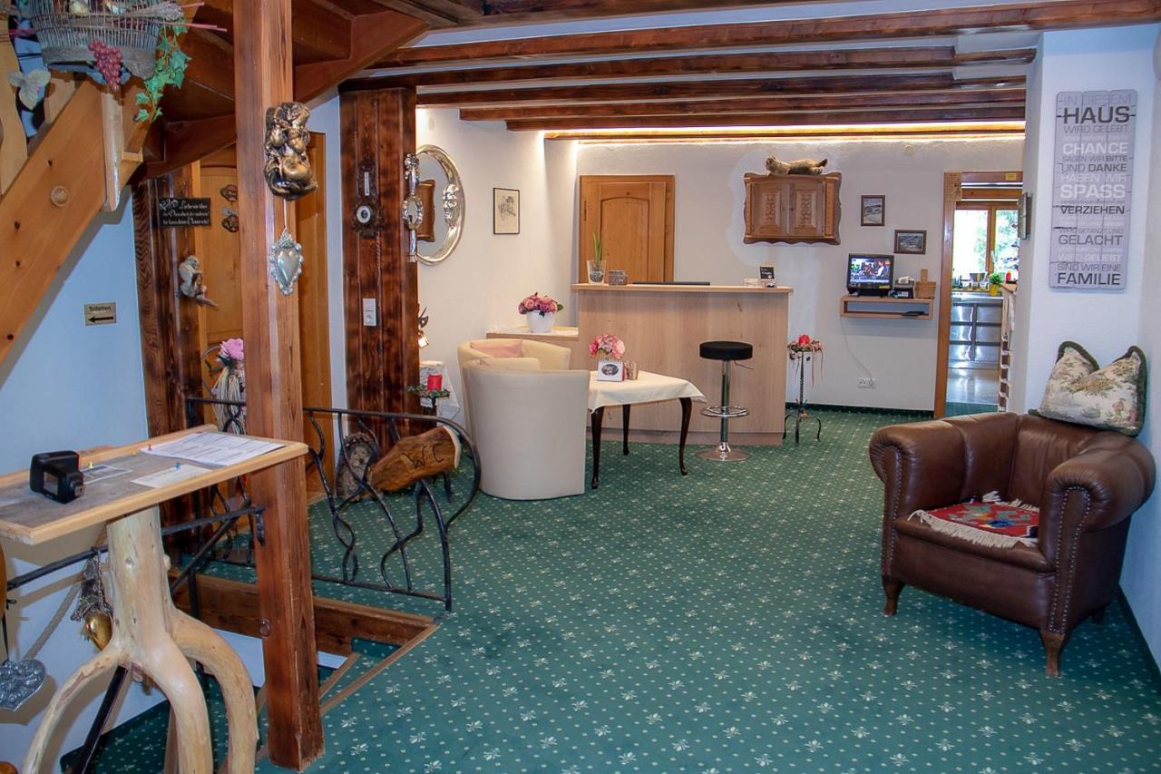 Hotel-Pension Marmotta (Österreich Gargellen) - Booking.com