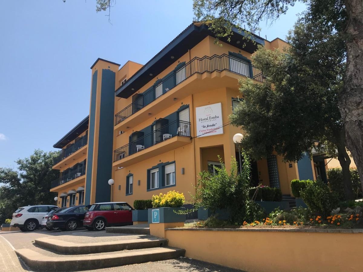 Hotels In Campllong Catalonia