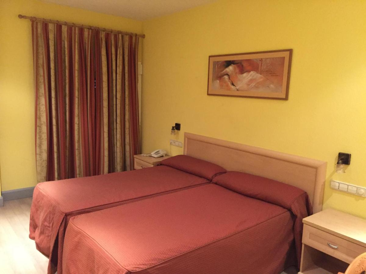 Hotel La Union (Spanje Humanes de Madrid) - Booking.com