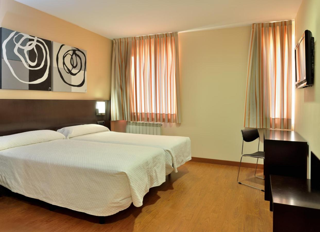 Hotels In Combarros Castile And Leon