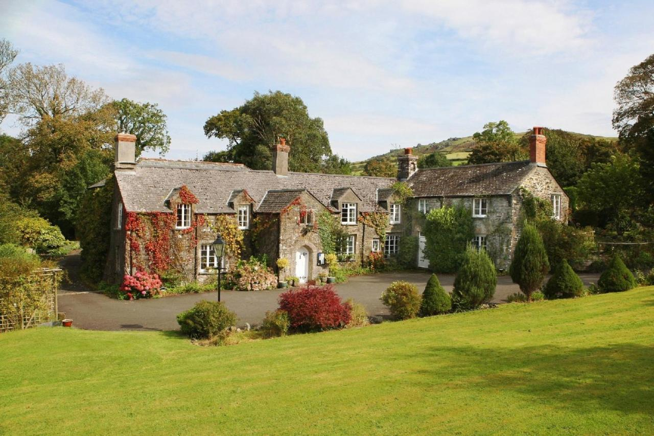 Guest Houses In Stowford Devon