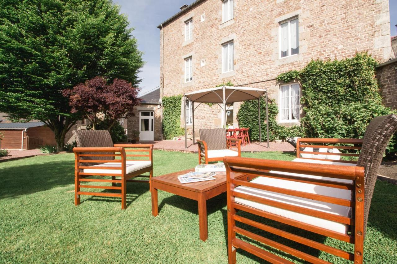 Guest Houses In Saint-manvieu-bocage Lower Normandy