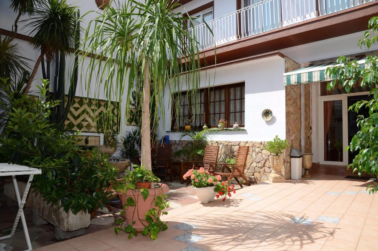 Guest Houses In San Ginés Catalonia