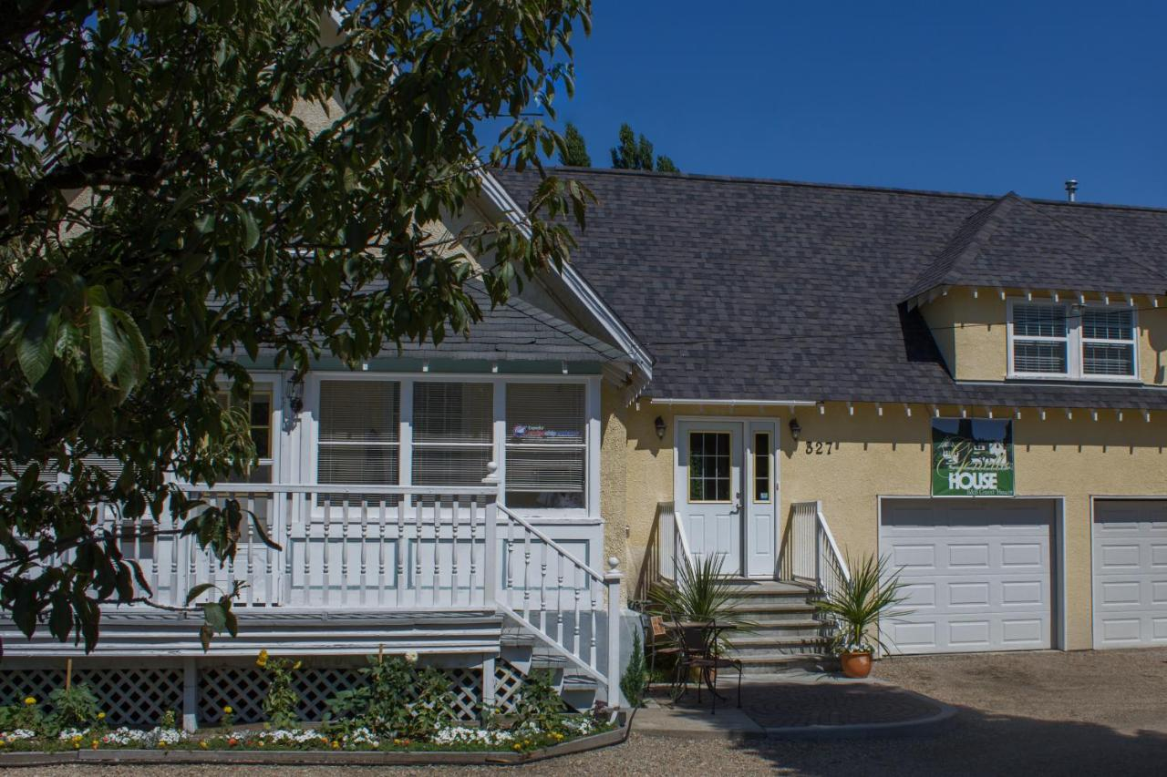 Bed And Breakfasts In Fruitvale British Columbia