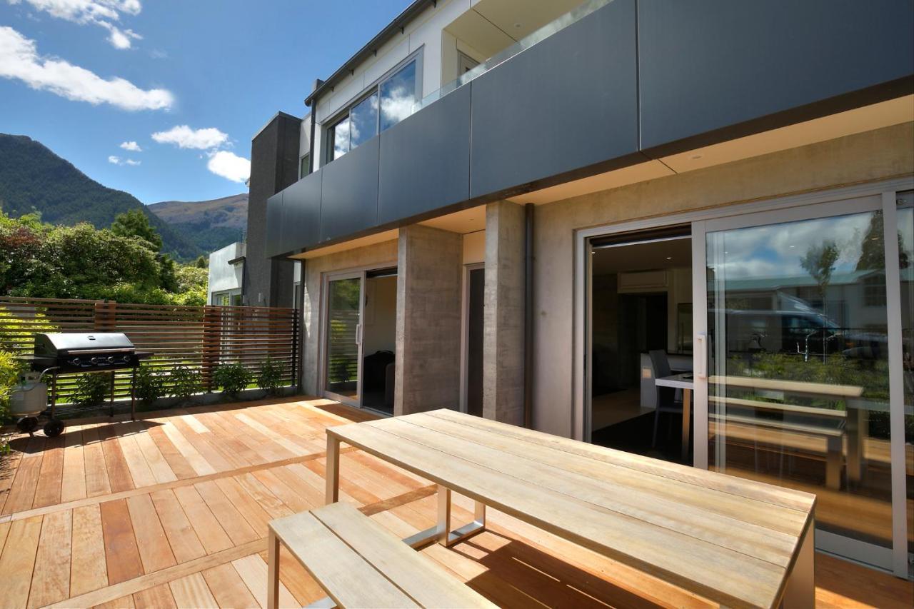 Queenstown modern new apartment new zealand deals