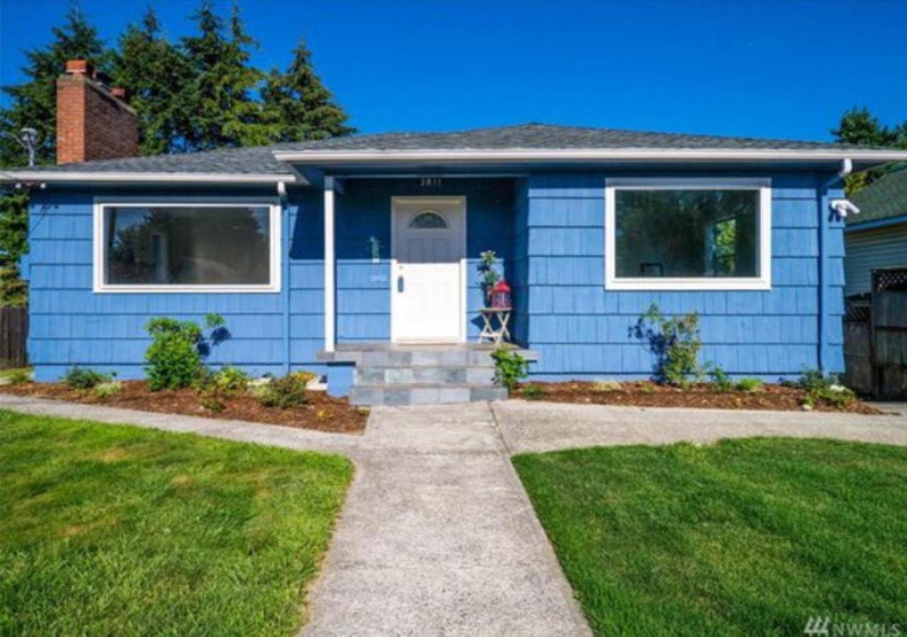 HiddenSound Hostel, Tacoma, WA - Booking.com