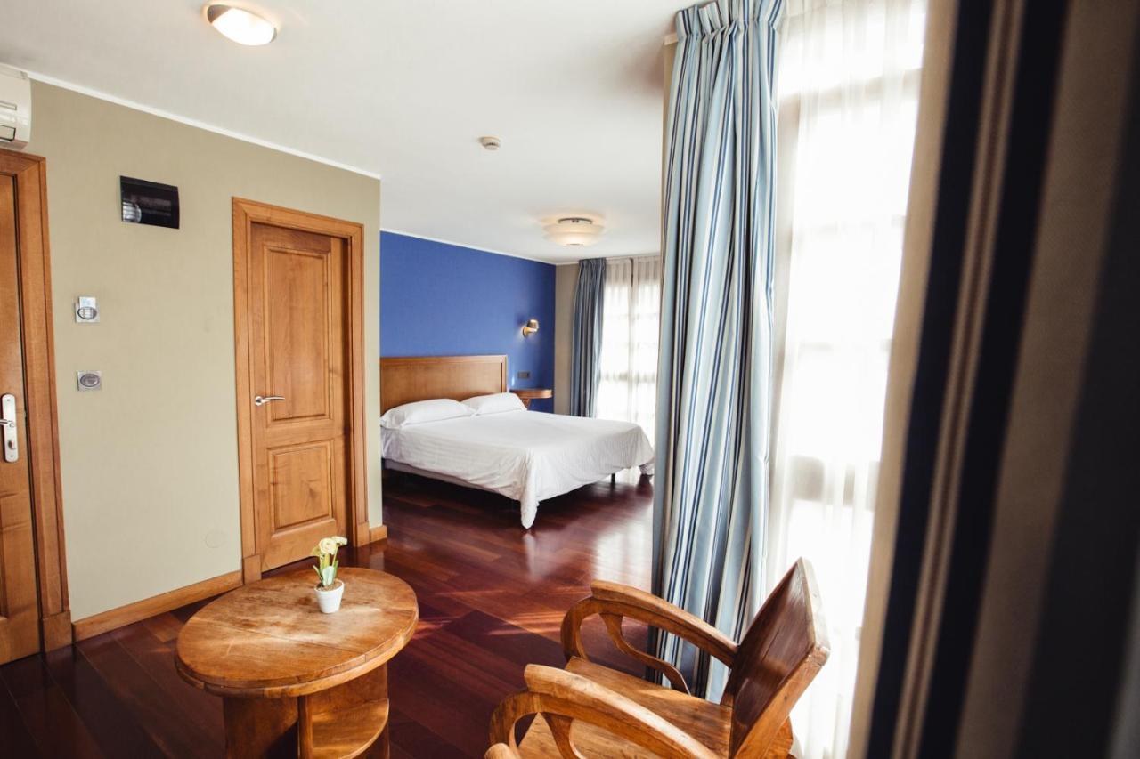 Hotels In Nieda Asturias
