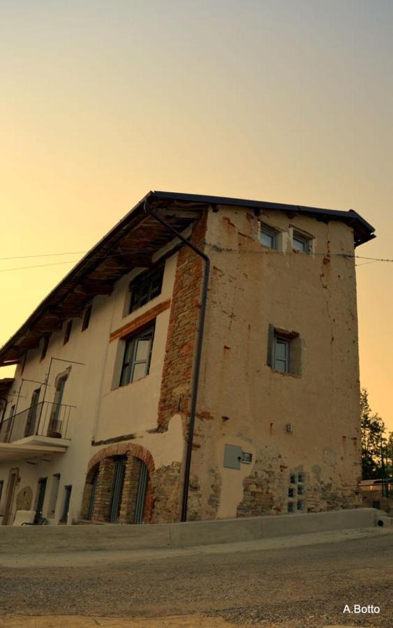 Casa in Bocca al Lupo, Appertement UNO, Clavesana – Precios ...