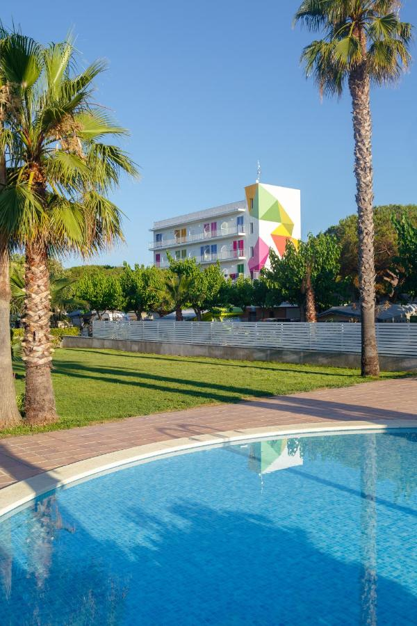 Guest Houses In Pineda De Mar Catalonia
