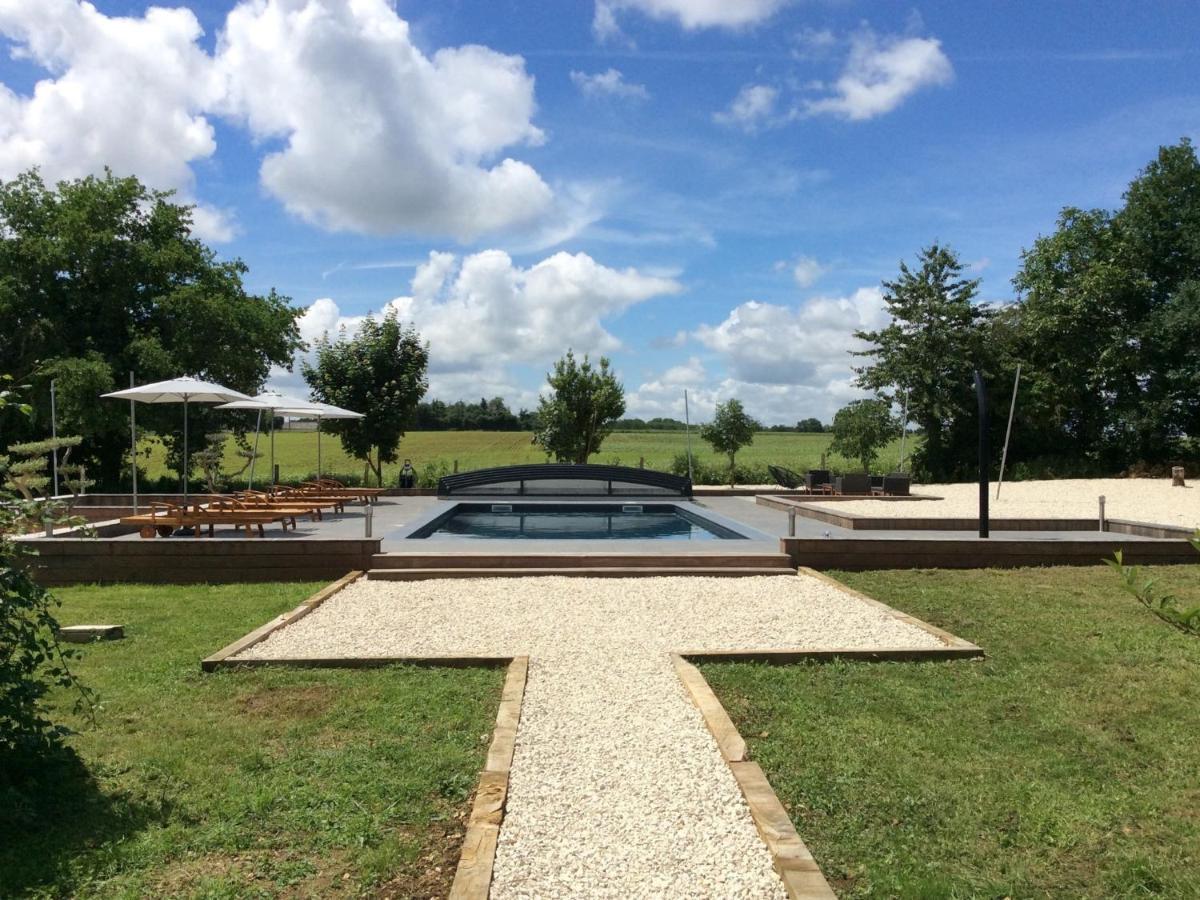 Guest Houses In Ruffec Poitou-charentes