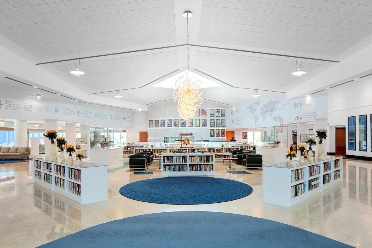 Queen Elizabeth 2 Hotel Vae Dubai Bookingcom
