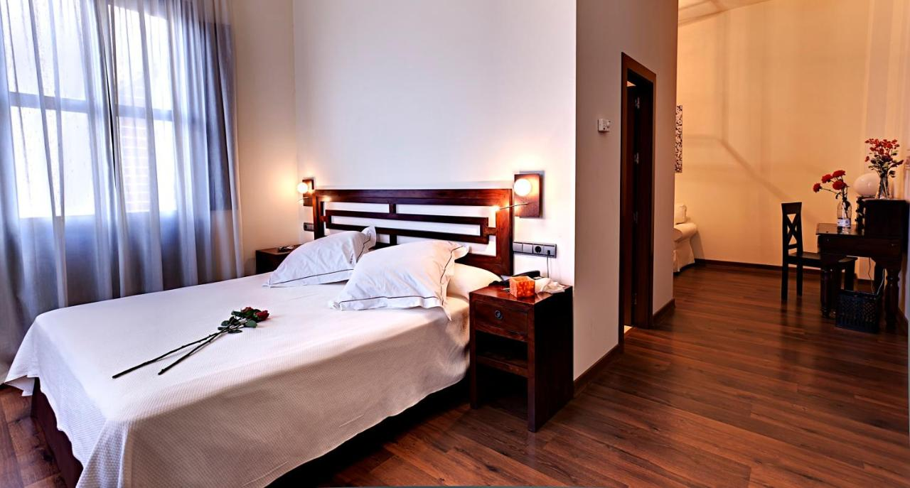 Hotels In La Paz Andalucía