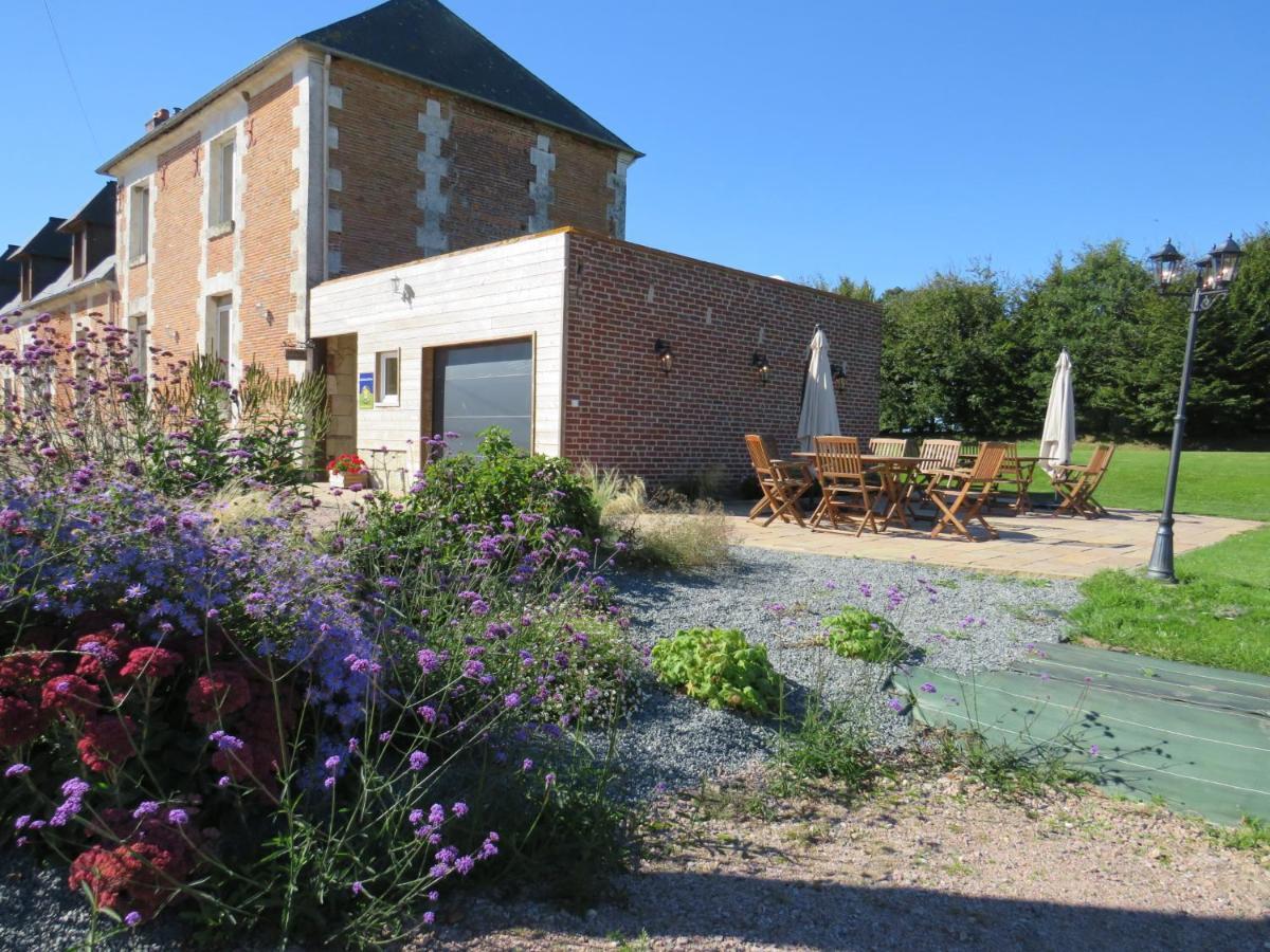 Guest Houses In Saint-gilles-de-la-neuville Upper Normandy