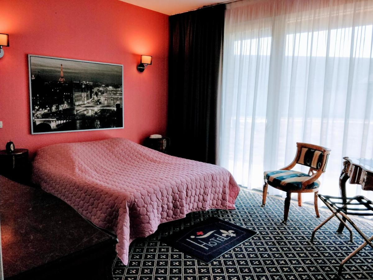Hotels In Sailly-sur-la-lys Nord