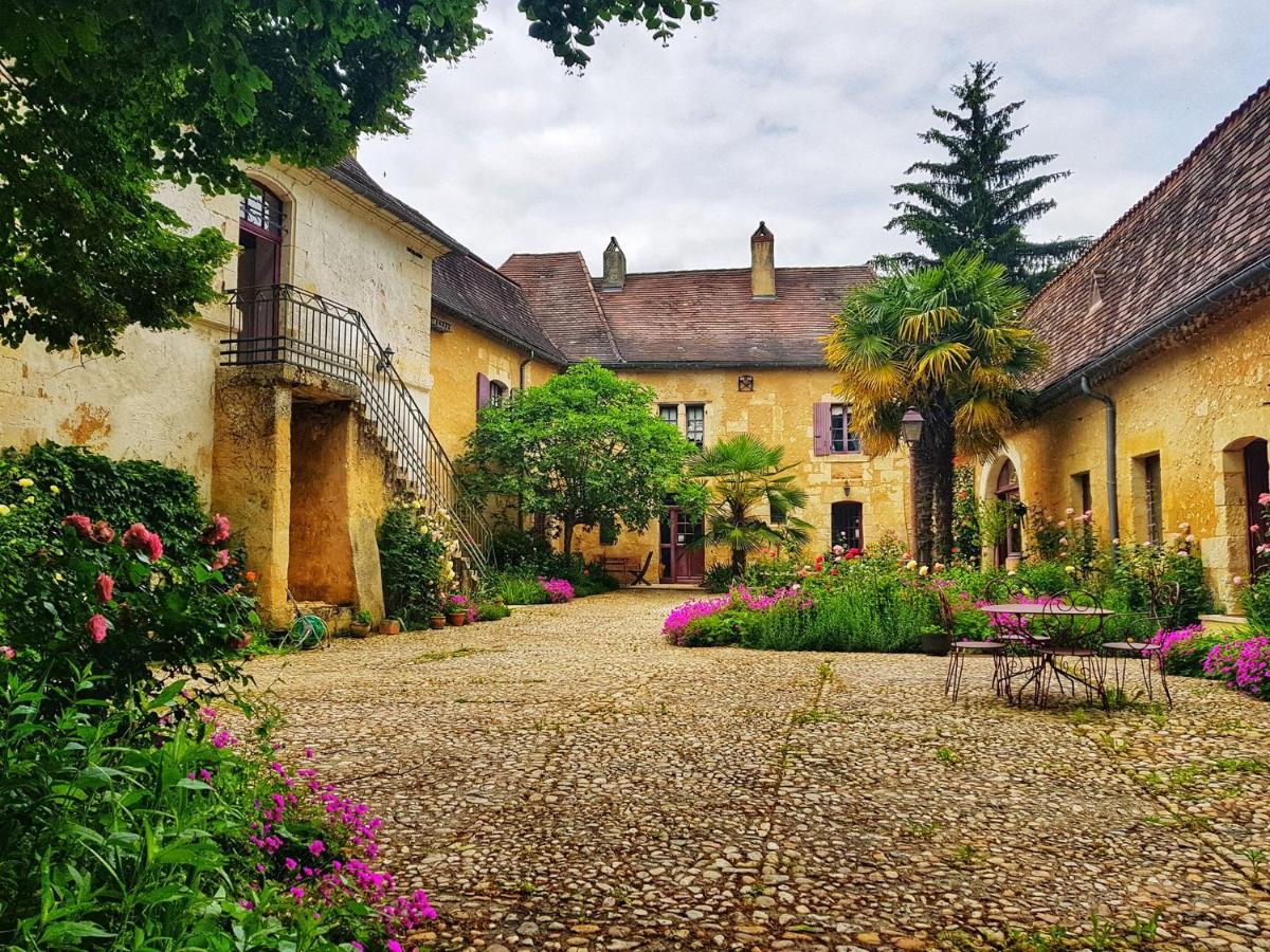 Guest Houses In Saint-jean-d'eyraud Aquitaine
