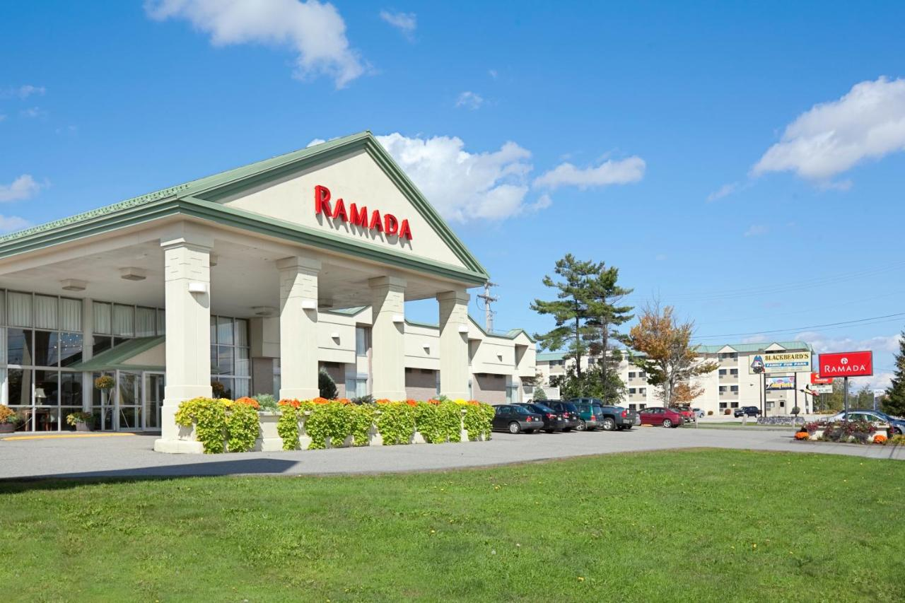 Hotels In Six Mile Falls Maine
