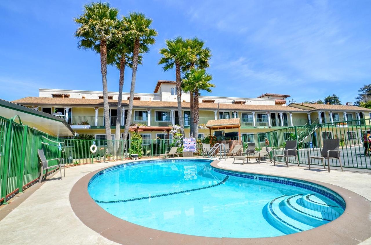 Bay Front Inn, Santa Cruz, CA - Booking.com