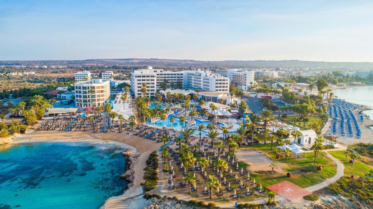Hotel Adams Beach Deluxe Wing Zypern Agia Napa Booking Com
