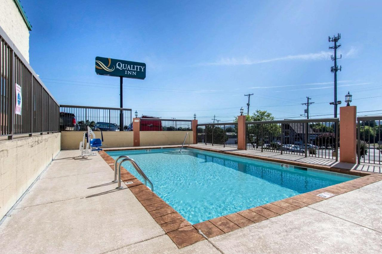 quality inn hixson tn booking com rh booking com