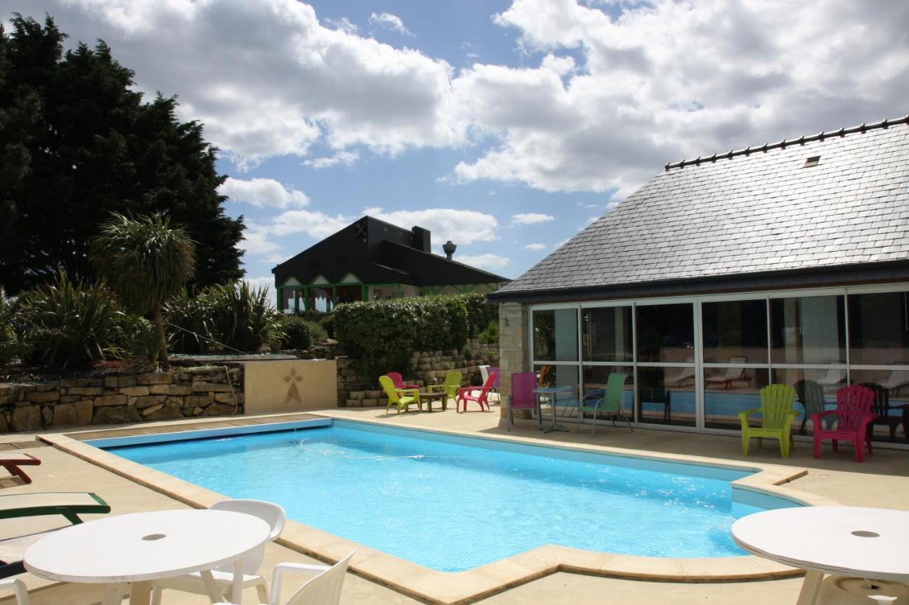 Hotels In Saint-cado Brittany