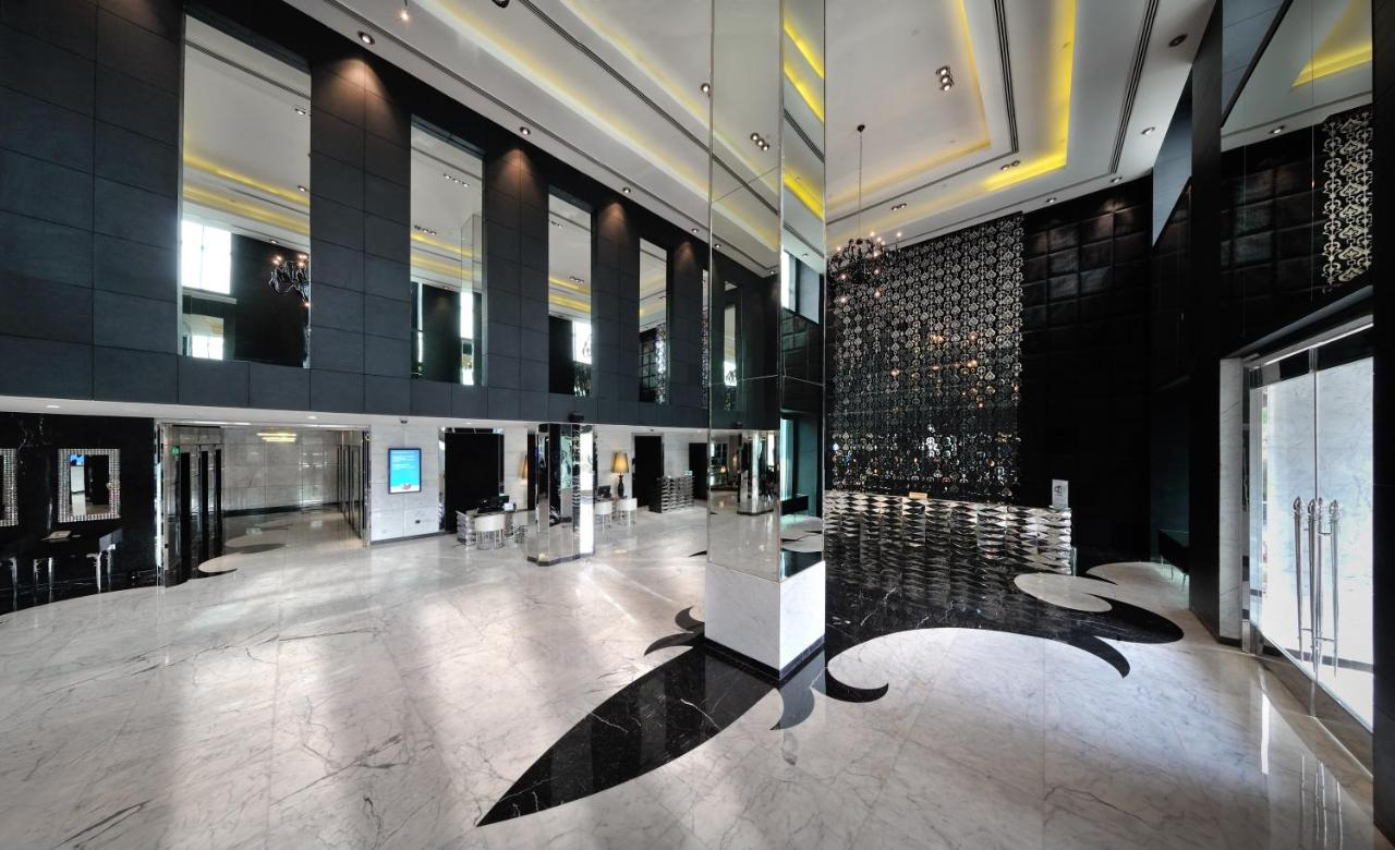 Hotel Delhi City Centre Radisson Blu Hotel New Delhi India Bookingcom