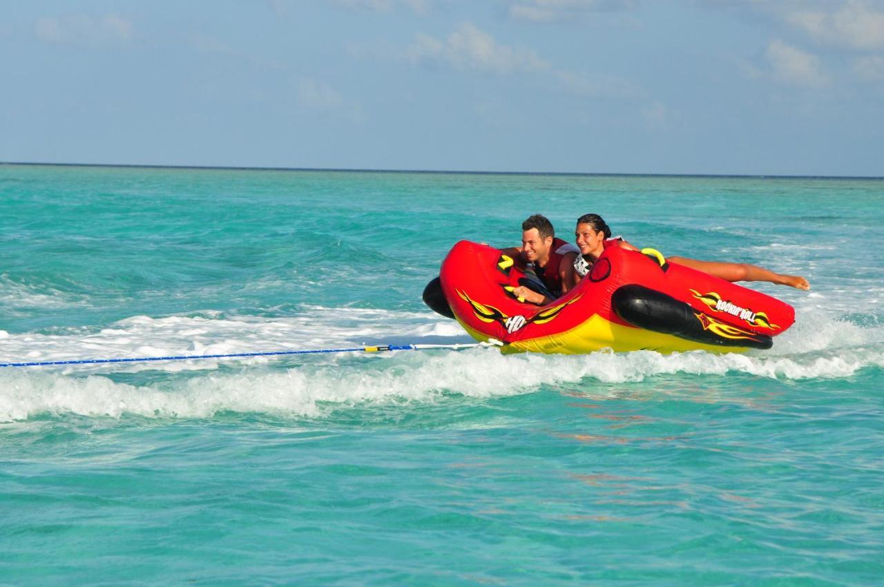 Отзывы об отеле Фан Айленд Резорт и Спа на Мальдивах