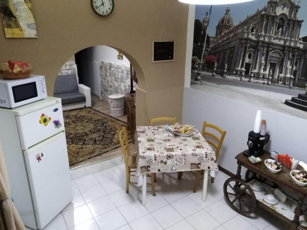Outlet Arredamento Catania.Cortile Aloi Apartment Katanija Atnaujintos 2019 M Kainos