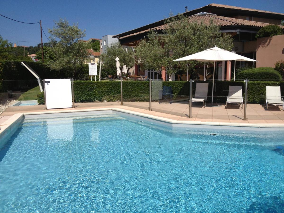 Hotels In Vals-les-bains Rhône-alps